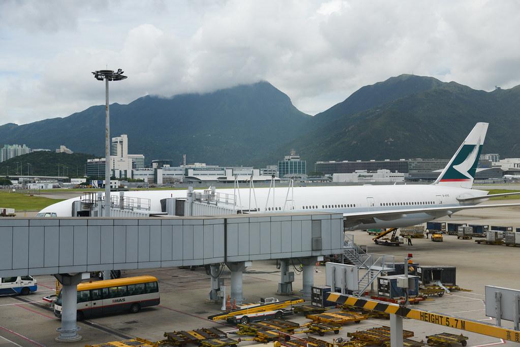 2013.07.17 CX806 HKG-ORD
