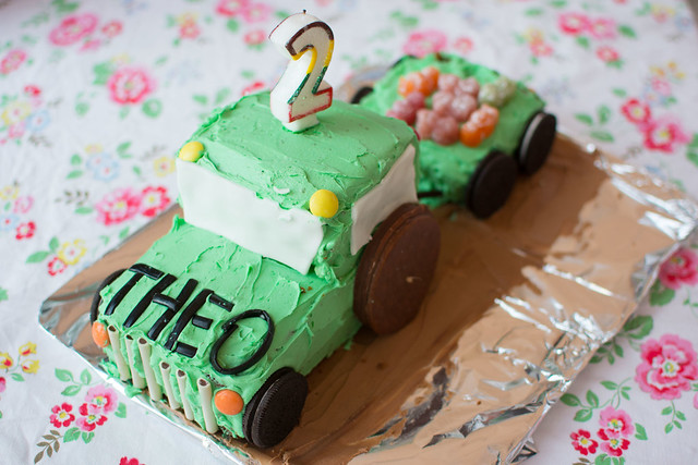 theois2_cake