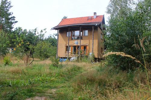 1. Strohhaus nach 9 Jahren