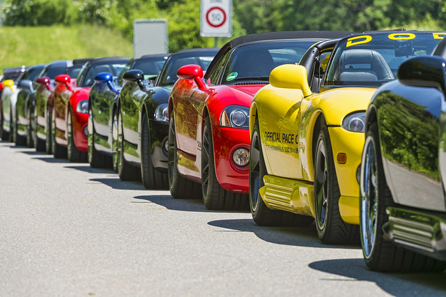 Photo:A line of Dodge Viper By Tambako the Jaguar