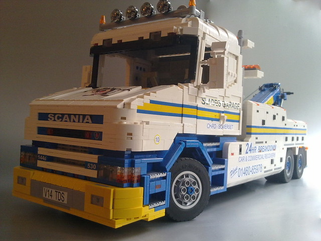 Scania T144 tow truck