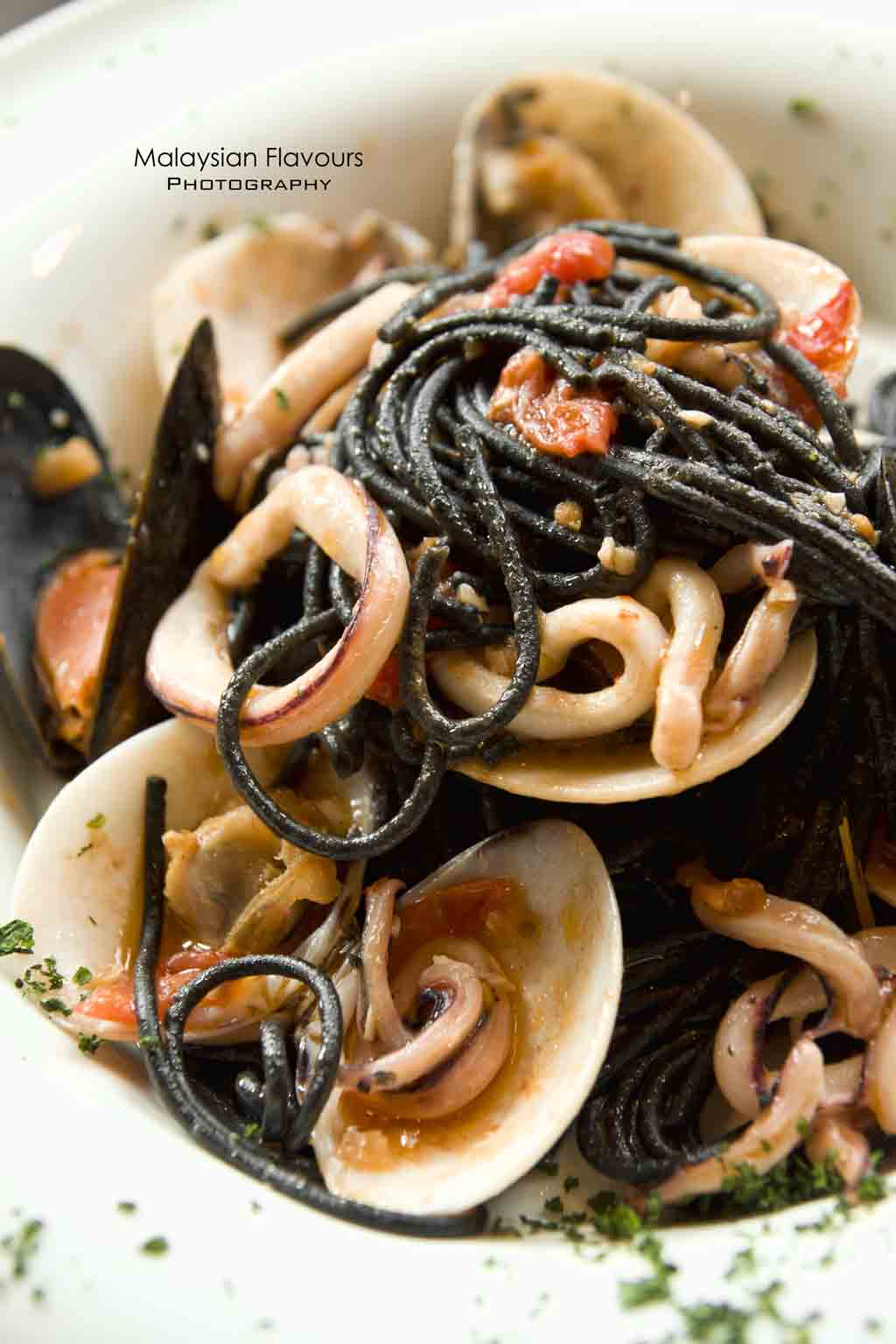 spaghetti-squid-ink