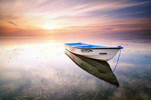 longexposure bali seascape sunrise indonesia landscape boat nikon day cloudy ss hard tokina filter le 09 lee nd billabong 116 graduated sanur karang gnd 1116mm d7000 pantaikarang