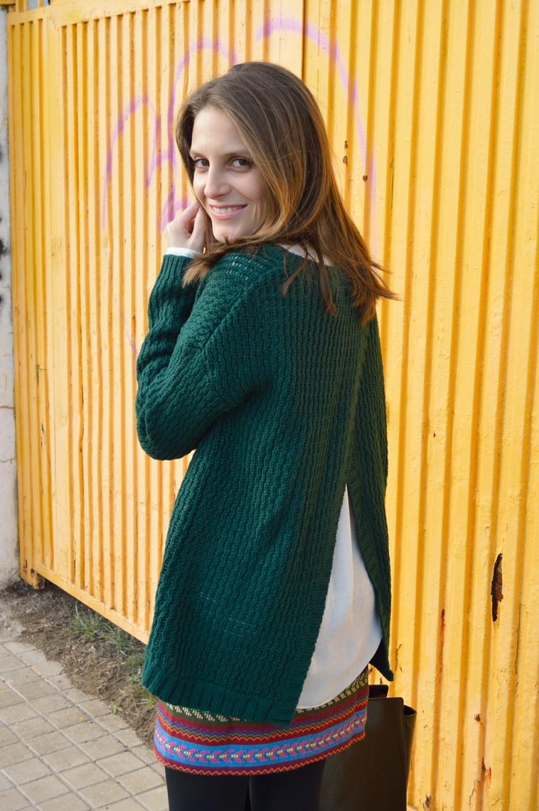 lara-vazquez-madlula-blog-green-outfit-style
