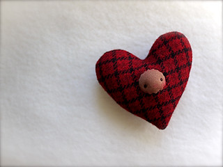 HEART Drizzle: Dk. Windowpane (BROWN)