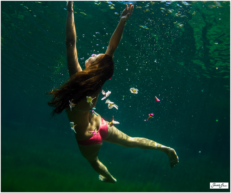 17-woman-dancing-underwater-plumeria-flowers.jpg