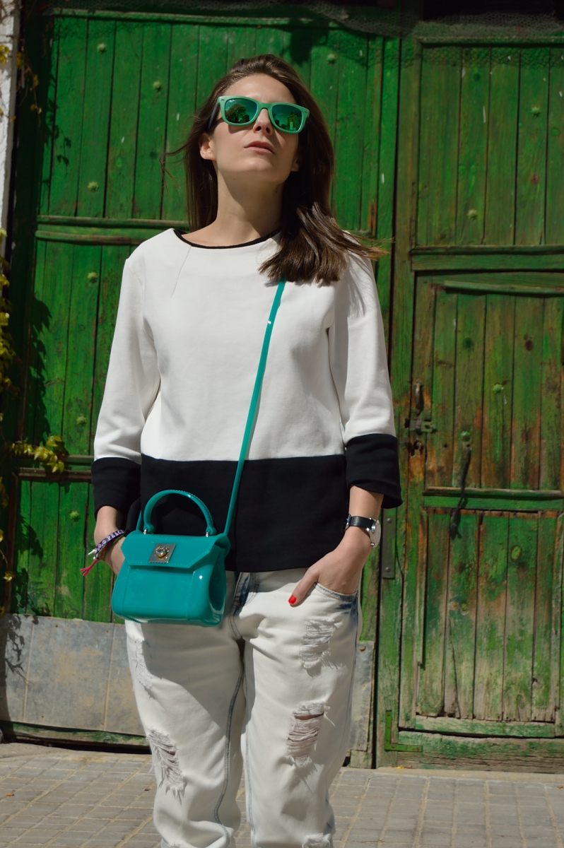 lara-vazquez-madlula-blog-fashion-trends-candy-bag-style