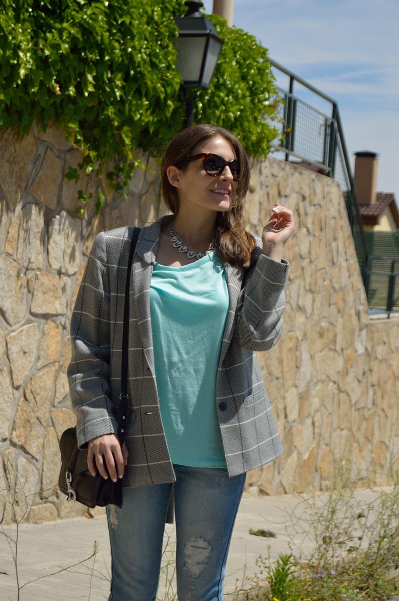lara-vazquez-madlula-blog-style-spring-look-blazer-look