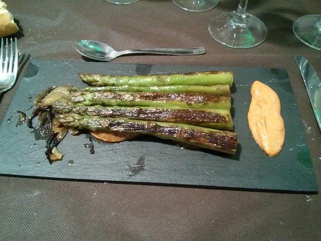 Zaragoza | La Esenzia | Espárragos trigueros