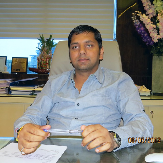 Mr. Vineet Goyal, Director, Kohinoor Group Pune (A Krishnakumar Goyal Enterprise) 1 - Developers of Kohinoor Grandeur, 2 BHK 3 BHK Flats & Shops at Mukai Chowk, Ravet, PCMC, Pune