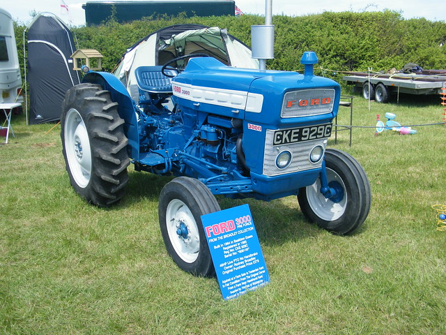 1965 Ford 3000 Tractor : Ford  pre force tractor flickr photo sharing