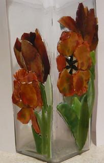 parrot tulip vase