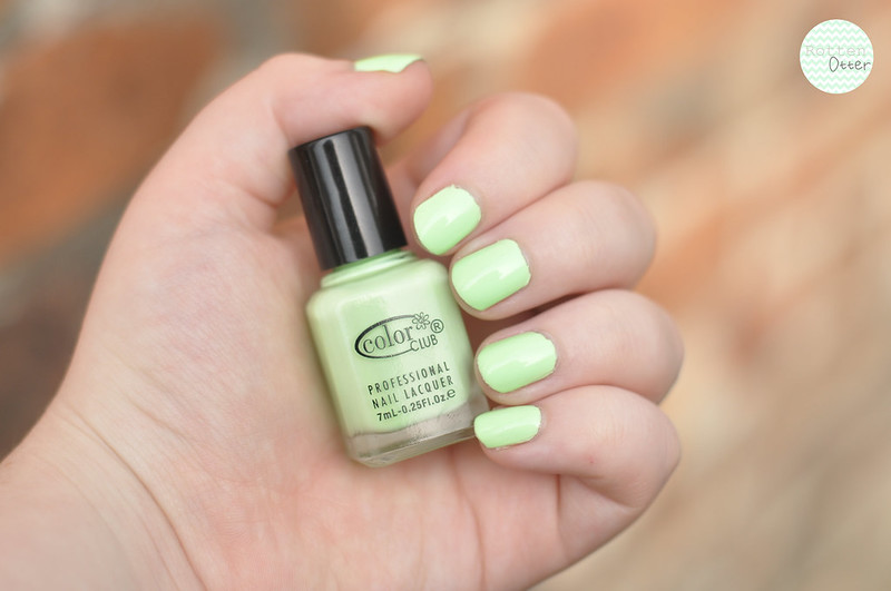notd colour club london calling bright neon pastel green nail polish rottenotter rotten otter blog 2