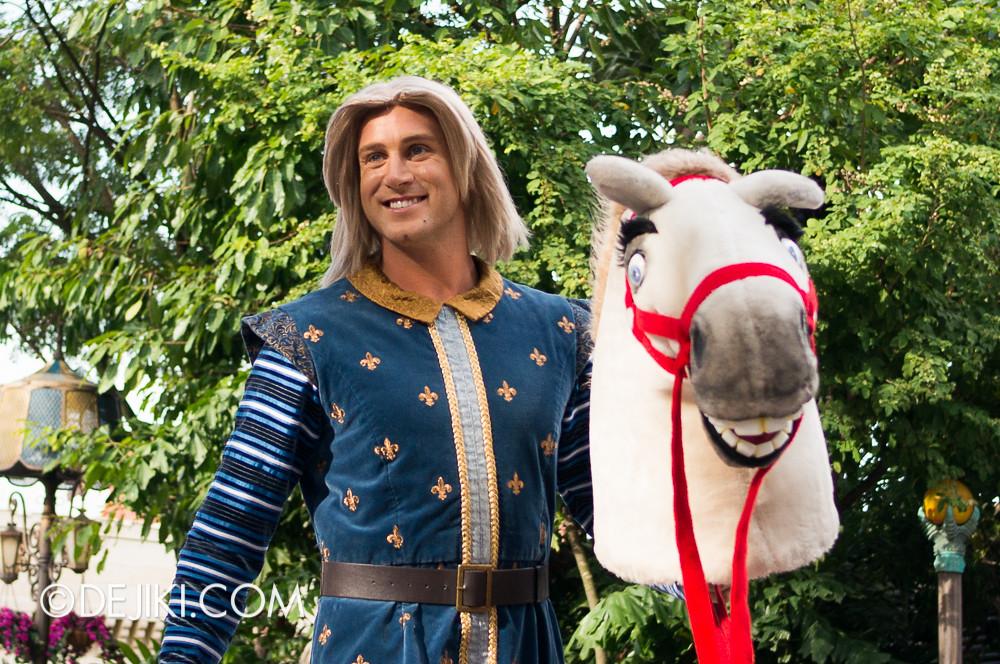 Universal Studios Singapore - Hollywood Dreams Parade - Far Far Away - Prince Charming
