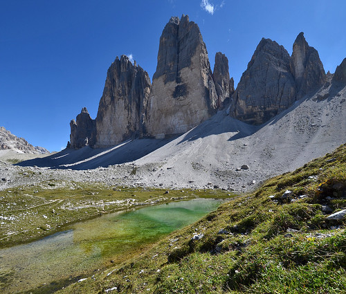 italy alps italia hiking hike alpen tarn alpi dolomites dolomiti laghetto veneto cadore auronzo misurina dreizinnen lakelet dolomitidisesto ladigue99 provinciadibelluno letrecimedilavaredo tréthime