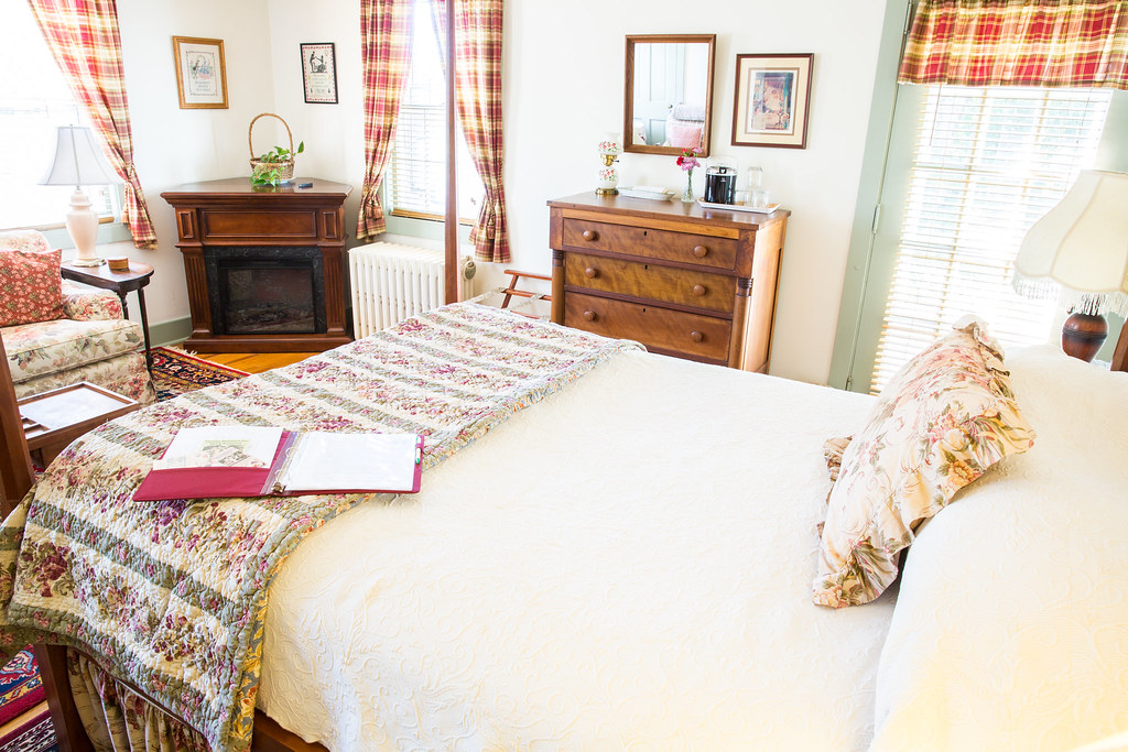 Guestroom at the Thomas Shepherd Inn Bed and Breakfast in Shepherdstown West Virginia