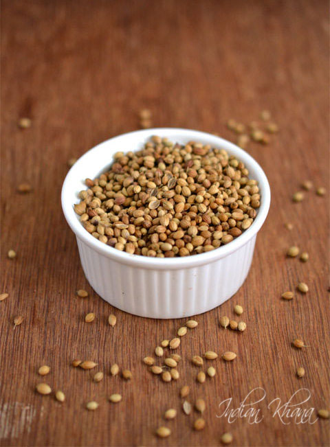 Homemade Roasted Coriander Seeds (Dhaniya) Powder Recipe