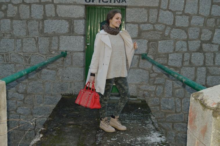 lara-vazquez-madlula-style-streetstyle-camouflage-jeans
