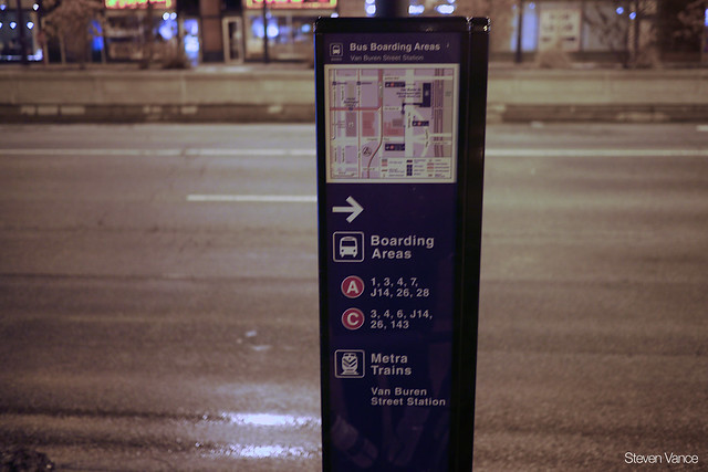 New RTA interagency transfer signage near Van Buren Street Metra Electric station