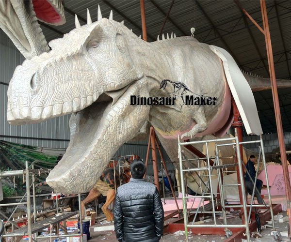 Large Dinosaur Replica is manufacturing