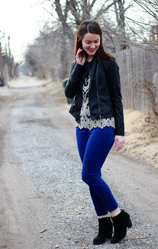blue-pants-black-booties-lace-shirt1