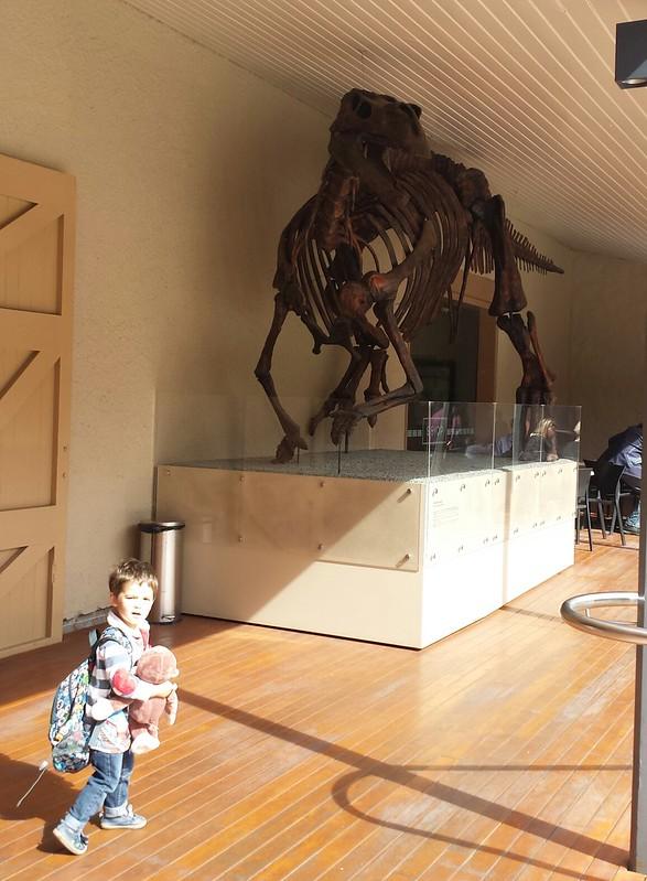 Eskil, Monkey, and the dinosaur!