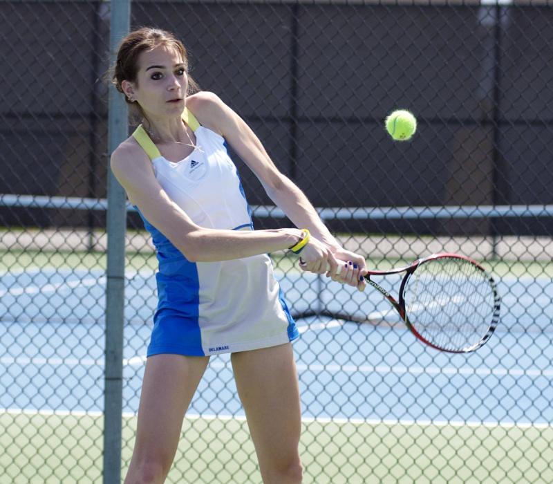 Tennis has mixed results for Senior Day