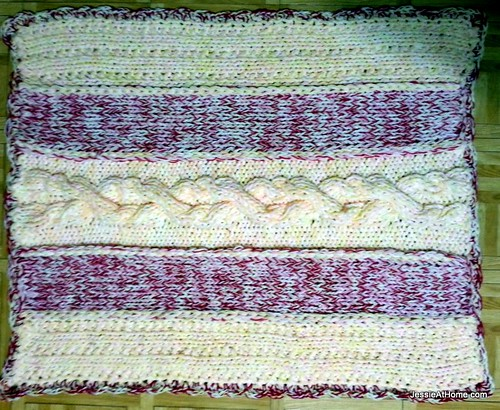 Giant-Cable-Rug-Border