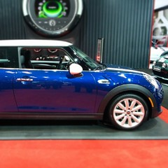 automobile, mini cooper, automotive exterior, wheel, vehicle, automotive design, rim, mini, land vehicle, luxury vehicle,