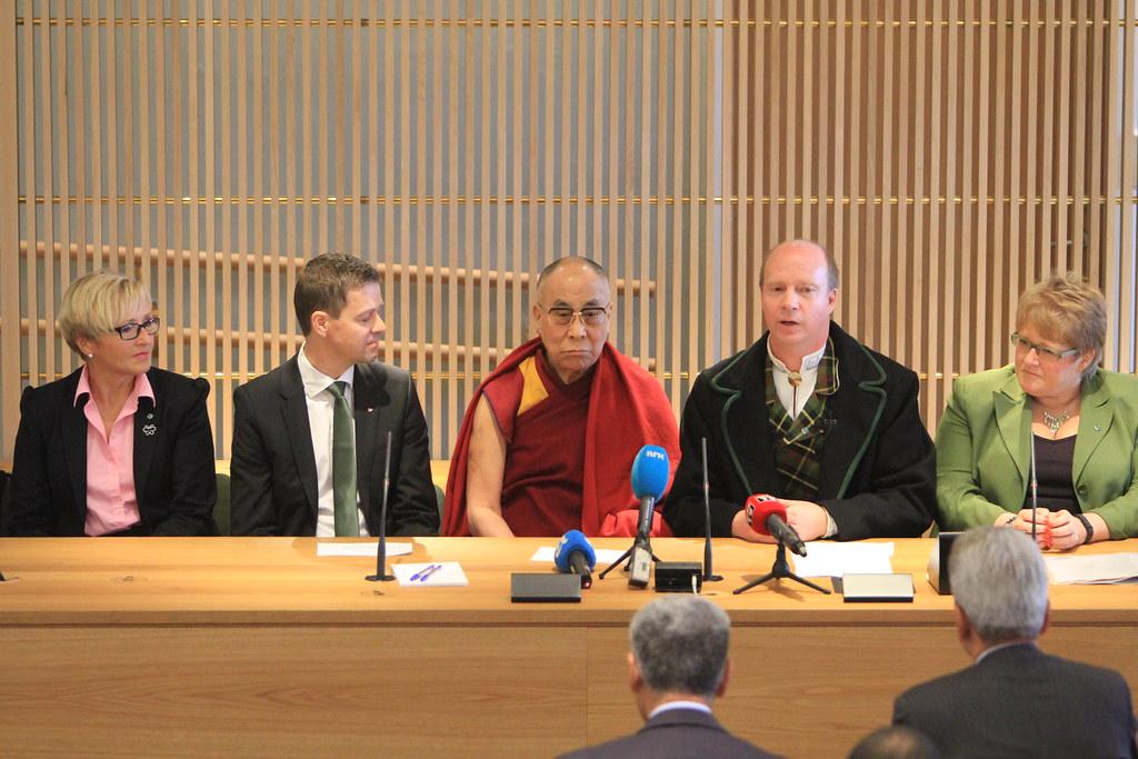 Dalai Lama på Stortinget 9/5 2014