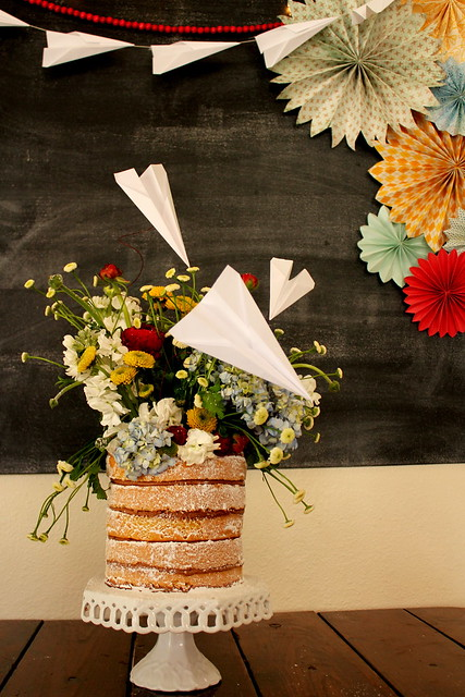paper airplane cake