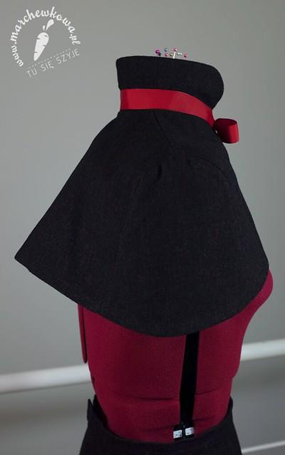 szycie, krawiectwo, sewing, marchewkowa, szyciowy blog roku 2012, wełna, tweed, pelerynka, VeraVenus cape pattern, elastyczna podszewka, kołnierzyk, tasiemka rypsowa, spódnica ołówkowa, marchewkowa pracownia, tu się szyje, SilverCrest, Silver Crest, maszyna do szycia z Lidla