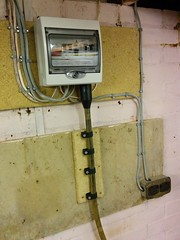 [Powered garage consumer unit]