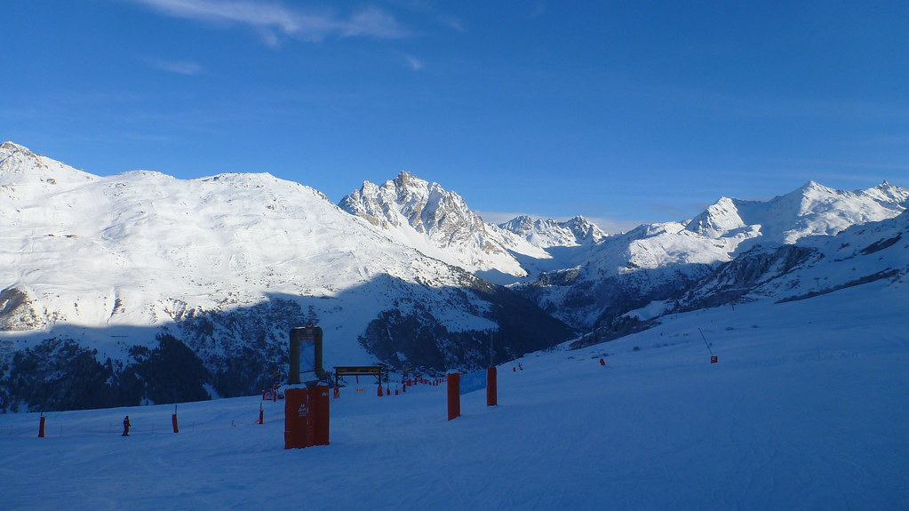 courcheval, meribel, meribel mottaret, mottaret, Three Valleys, Val Thorens, skiing, off piste, downhill