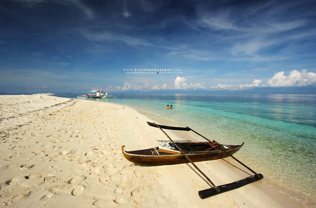 Bas Dako Beach Moalboal Cebu