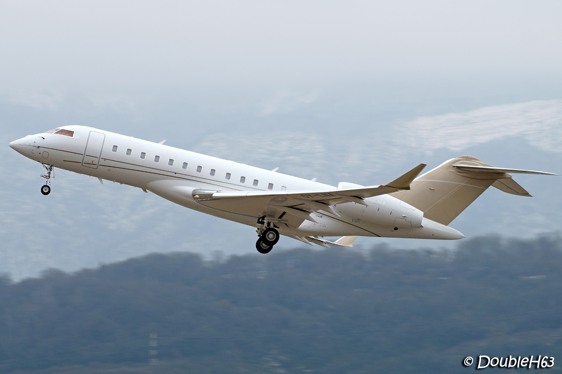 Aéroport de Chambéry Savoie [LFLB-CMF] 16548977612_e6ba57c8b6_o