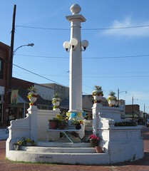 Downtown Lamp and Column (Wills Point, Texas)