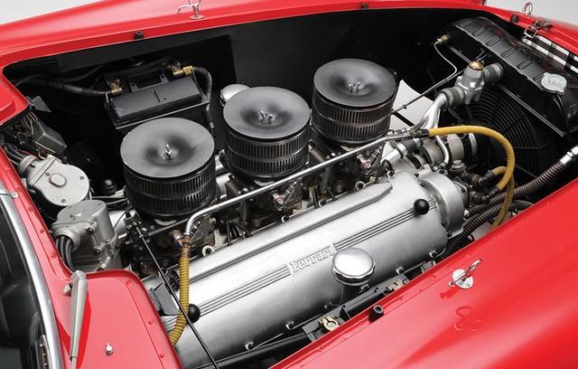 Ferrari subasta 3