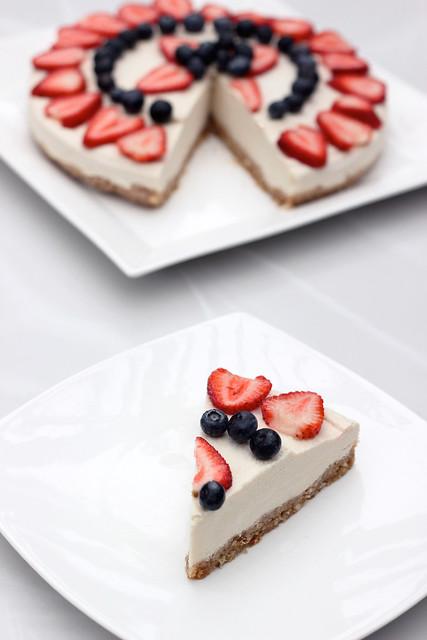 "No-Bake Vegan ""Cheesecake"" - Gluten-free + Refined Sugar-free"