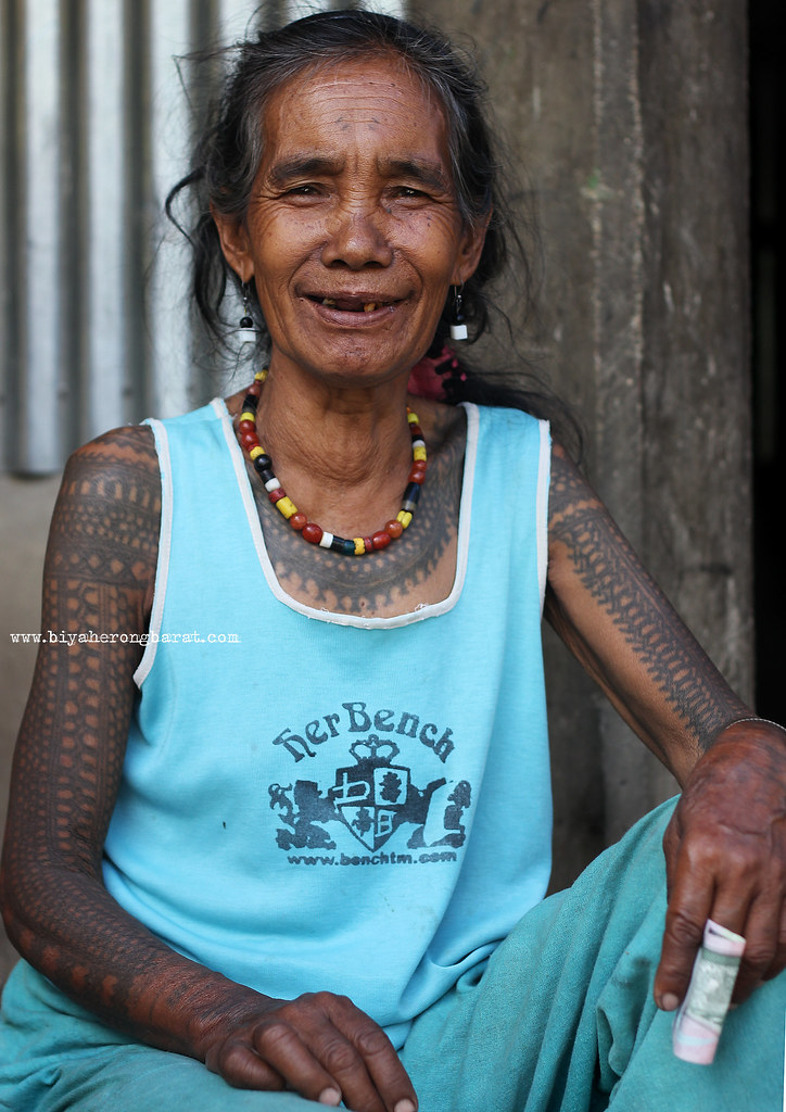 tattooed women of buscalan village tinglayan kalinga