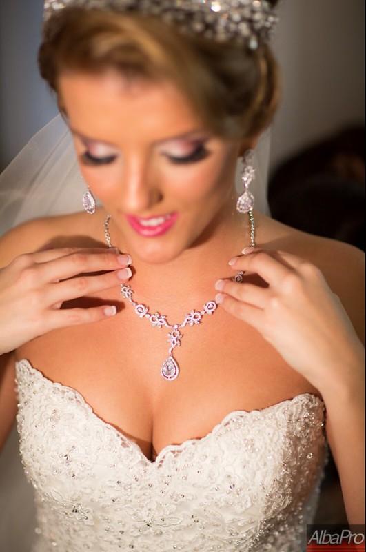 Jewelry- Violeta