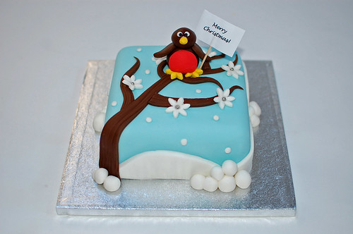 Robin Christmas Cake   Beautiful Birthday Cakes