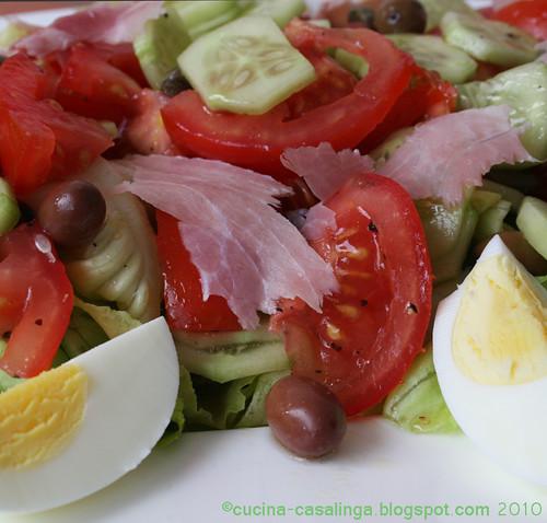Salatplatte nah