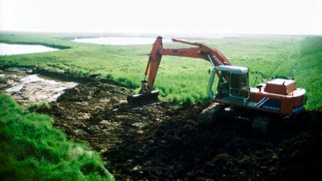 開挖溝渠,圖片來源:nationaltrust