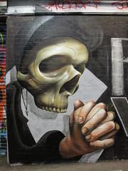 Graffiti skulls + skeletons
