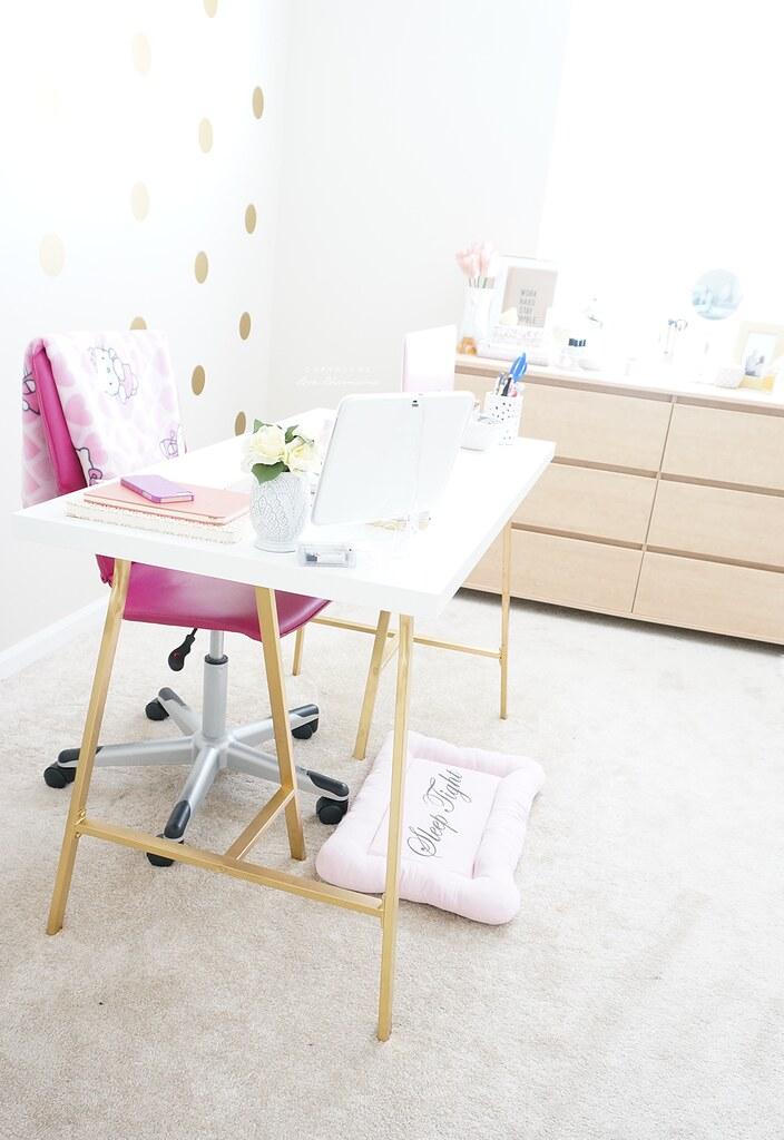 Office & Beauty Room