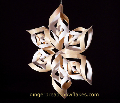 ll022814-gingerbreadsnowflakes-woodsnowflake