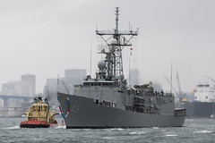 USS Rentz (FFG 46) transits San Diego Bay in February as it returns from its final deployment. (U.S. Navy file photo/MC3 Katarzyna Kobiljak)