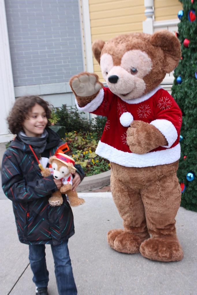 Un séjour pour la Noël à Disneyland et au Royaume d'Arendelle.... - Page 3 13676306083_17dabd3e5f_b