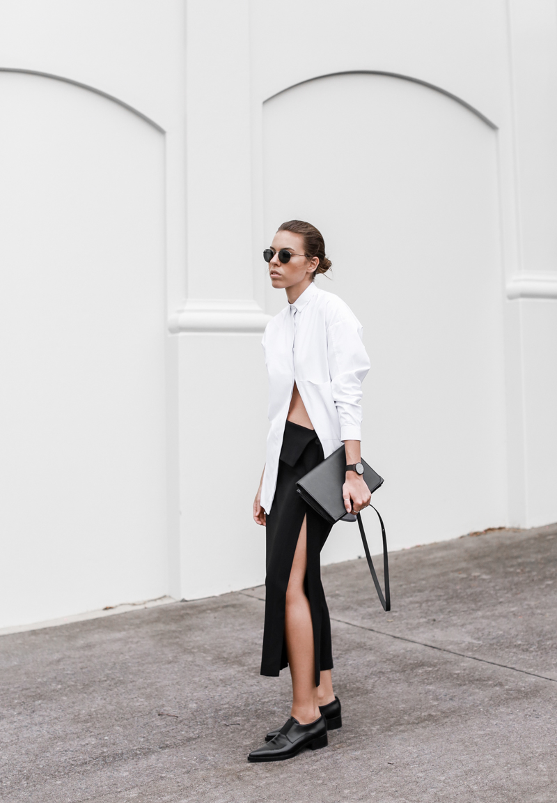 MODERN LEGACY fashion blog street style black and white oversized shirt Dion Lee split midi skirt Stella Mccartney Frankie loafers Ray Ban round sunglasses workwear (1 of 1)